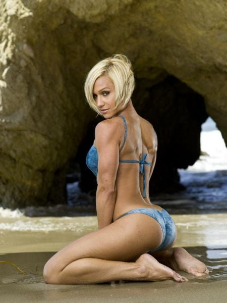 picture of IFBB Pro Jamie Eason photo gallery